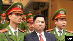 Tiến sĩ Cù Huy Hà Vũ đã bị tuyên phạt 7 năm tù giam, và quản chế 3 năm sau khi thọ án tù
