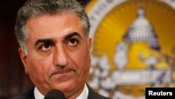FILE - Former Iranian Crown Prince Reza Pahlavi speaks at the National Press Club in Washington, June 22, 2009.