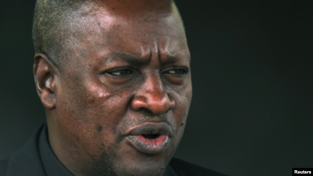 Ghana's President John Dramani Mahama is pictured during his visit at the presidential palace in Abidjan, September 5, 2012.