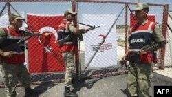 Турецкие солдаты