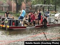 Сім'я Наталії Свейм під час евакуації