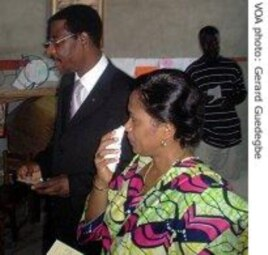 Benin election-President Yayi and his wife