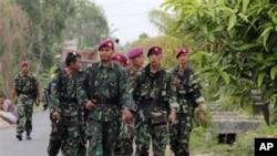 انڈونیشیا میں کرسمس کے موقع پر پولیس کی گشت میں اضافہ۔ (فائل فوٹو)