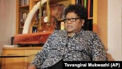 Mutungamiri weZimbabwe People First Amai Joice Mujuru