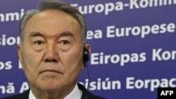 Nursulton Nazarboyev prezidentlik muddatini uzaytirish tashabbusiga qarshi