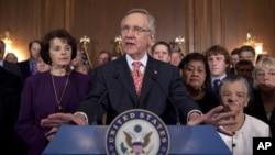 美國參議院多數黨領袖里德。