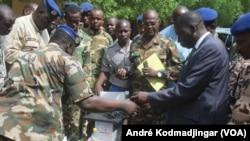 Youssouf Tom, procureur de la République, le 14 juillet 2020. (VOA/André Kodmadjingar)