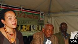 Para pejabat Komisi HAM Kenya mengadakan konferensi pers berkenaan dengan rencana empat warga Kenya untuk menggugat Pemerintah Inggris sehubungan dengan kekejaman pada masa penjajahan.