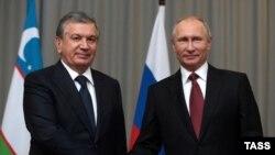 O'zbekiston Prezidenti Shavkat Mirziyoyev Rossiya rahbari Vladimir Putin bilan, Sochi, 11-oktabr, 2017