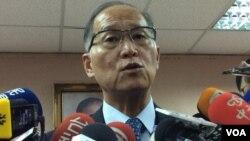 台灣外長李大維2017年5月10日立法院接受媒體採訪(申華拍攝)