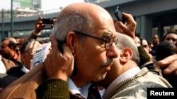 Mohamed el Baradei não será primeiro-ministro interino