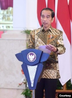 Presiden Jokowi dalam Munas Apeksi di Istana Jakarta, Kamis (11/2), meyakini mikro lockdown efektif menekan laju penyebaran virus Corona (Foto: Biro Setpres)