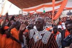 Roch Kaboré au micro de Bagassi Koura