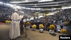 Pope Francis talks during a World Meeting of Popular Movements in Santa Cruz, Bolivia, July 9, 2015.