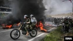 یکی از مانورهای تمرین سرکوب سپاه و بسیج - ۱۳۹۴