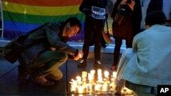 آمار پیشین که تعداد کشته ها را ۵۰ نفر اعلام می کرد، شامل عمر صدیقی متین، فرد مهاجم نیز می شد.