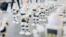 Robots dans une file d'attente pour un nouvel iPhone en Nouvelle-Zélande. (Spark)