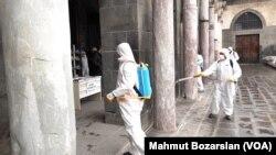 Diyarbakır'da virüse karşı camilerde alınan önlemler