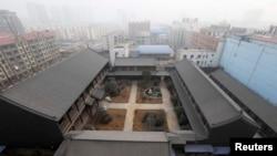 這是2014年1月19日披露的谷俊山在家鄉河南未完工的谷家大院