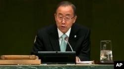Sekjen PBB Ban Ki-moon memberikan pidato pada KTT Iklim di Markas PBB di New York, Selasa (23/9).