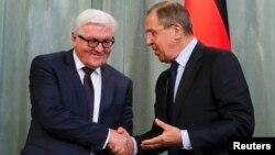 Вальтер Штайнмайер и Сергей Лавров