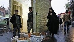 نوکیسه های ايران به زندگی اشرافی خود ادامه می دهند