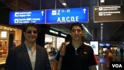 Mahmudəli Çöhrəqanlı və oğlu Aparslan Frankfurt hava limanında (15 avqust 2013)