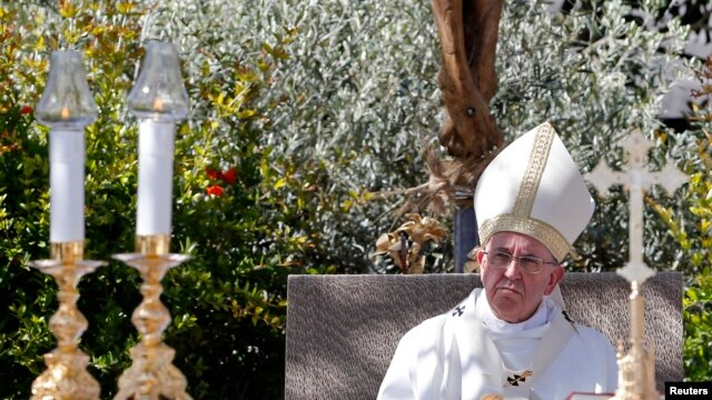 Pope Francis celebrates an outdoor Mass at Campobasso, Italy, on July 5, 2014.