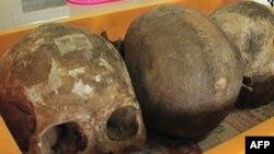 Ủy ban Tìm hiểu Sự thật và Hòa giải đã khai quật nhiều ngôi mộ tập thể, mở các cuộc điều tra