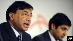 ArcelorMittal CEO Lakshmi Mittal (L) speaks at an annual results conference beside Aditya Mittal (R), ArcelorMittal Chief Financial Officer at the ArcelorMittal headquarters in Luxembourg, 10 Feb 2010