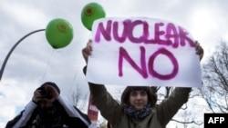 Almanya'da Nükleer Tartışma Devam Ediyor