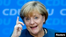 Alemania respala política de Angela Merkel quien ganó las elecciones parlamentarias.