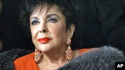 Hollywood actress Elizabeth Taylor (file photo)