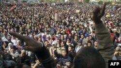 Obama ma'muriyati: Husni Muborak zudlik bilan iste'foga chiqishi kerak