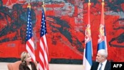 Klinton: Serbia ka ende sfida drejt partneritetit me komunitetin euro-atlantik