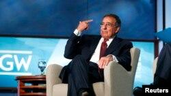 """""""Creo absolutamente que se puede encontrar una fórmula para aprobar la reforma de inmigración"""", dijo Panetta."""