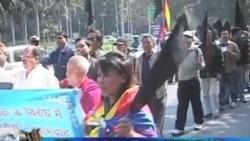 藏族民众为何要自焚抗议?(2)