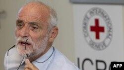 Ông Jakob Kellenberger, Chủ tịch Ủy ban Chữ thập đỏ, nói chuyện với các nhà báo về chuyến đi thăm Syria tại một cuộc họp báo ở Geneve, Thụy Sĩ hôm 6/9/11