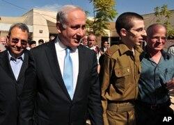 مغوی فوجی اسرائیل پہنچ گیا، قیدیوں کی رہائی پر فلسطین میں جشن