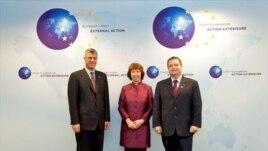 Kosova dhe Serbia bisedojnë sot në Bruksel