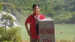 """Nhà báo Nguyễn Hoài Nam, gần đây nhất là phóng viên báo Pháp luật Thành phố Hồ Chí Minh, gây chú ý với loạt phóng sự điều tra vào năm 2018 với loạt phóng sự điều tra nghi vấn """"quỹ đen"""" ở Cục Đường thủy nội địa Việt Nam. (Facebook Nguyễn Hoài Nam)"""