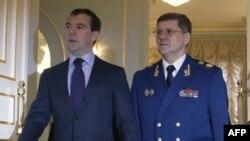 Дмитрий Медведев и Юрий Чайка