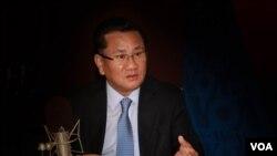 Pembelot senior Korea Utara, Ri Jong Ho, berbicara kepada VOA Seksi Korea