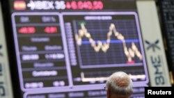 Pese al rescate que acordó el sábado, España ha pagado hoy los precios más altos por su deuda.