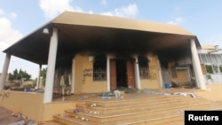 美國駐利比亞班加西領事館2012年9月11日遇襲一天後的情景。(資料照)