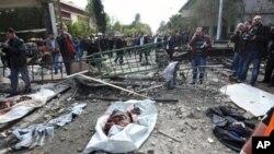 সিরিয়ায় আত্মঘাতী বোমা আক্রমনে অন্তত ৪০ জন নিহত
