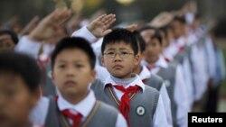 지난달 상해 한 초등학교의 어린이들. (자료사진)