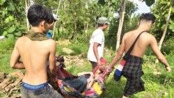 ဖ်ားနာနေတဲ့ ကယားဒေသ စစ္ေဘးေရွာင္တဦးအား သယ္ယူစဥ္