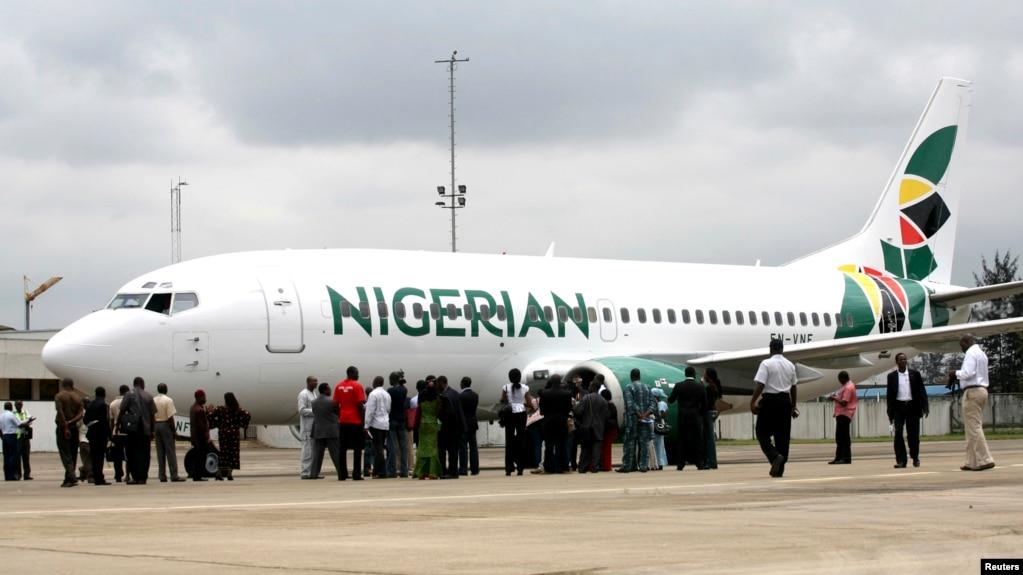 Nigeria: Un ado de 15 ans se cache dans le train d'atterrissage d'un avion pendant 12 heures...Explications