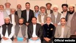 تیم انتخاباتی داکتر عبدالله (عکس از صفحه فیسبوک داکتر عبدالله)